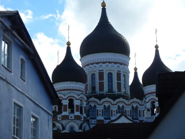 Ryska kyrkan, Nevskikatedralen från tidigt 1900-tal, besökte vi, men fotografering var förbjuden!