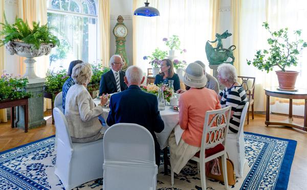 Blomsterrummet med hedersgäster