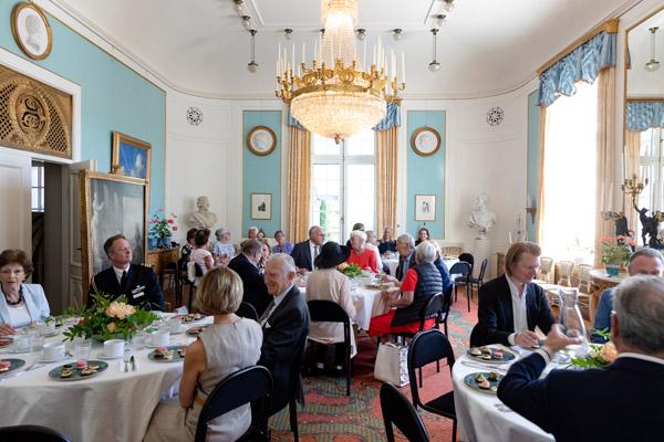 Gästerna i Prinsens matsal